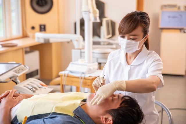歯科クリニックで歯石除去を行うメリットは?
