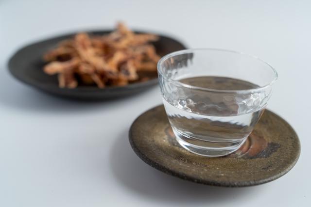 お酒をたしなむ方必見!~虫歯予防効果を持つおつまみ~
