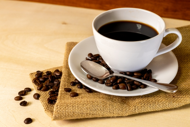 コーヒーの虫歯予防効果と飲む際の注意点について